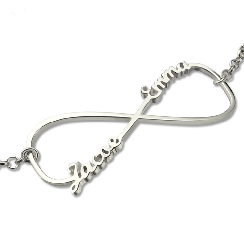 Peronalized Mom Knot Bracelet In Sterling Silver