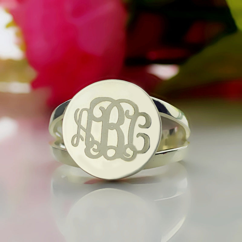 Sterling Silver Circle Monogram Signet Ring