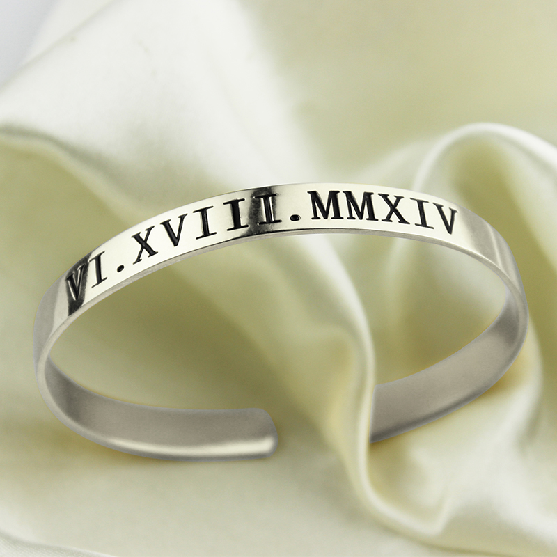 Personalized Mother's Date Bangle Bracelet